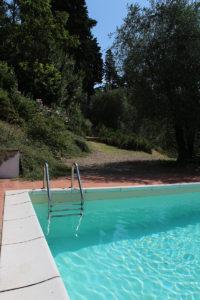 piscina scaletta